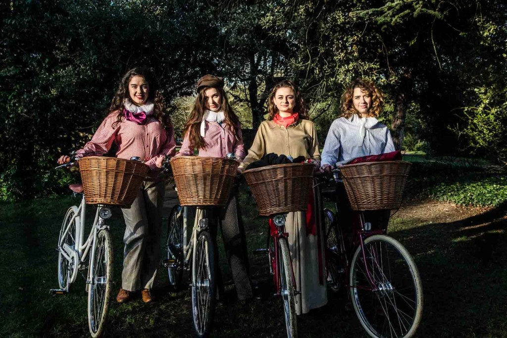 HandleBards With Baskets