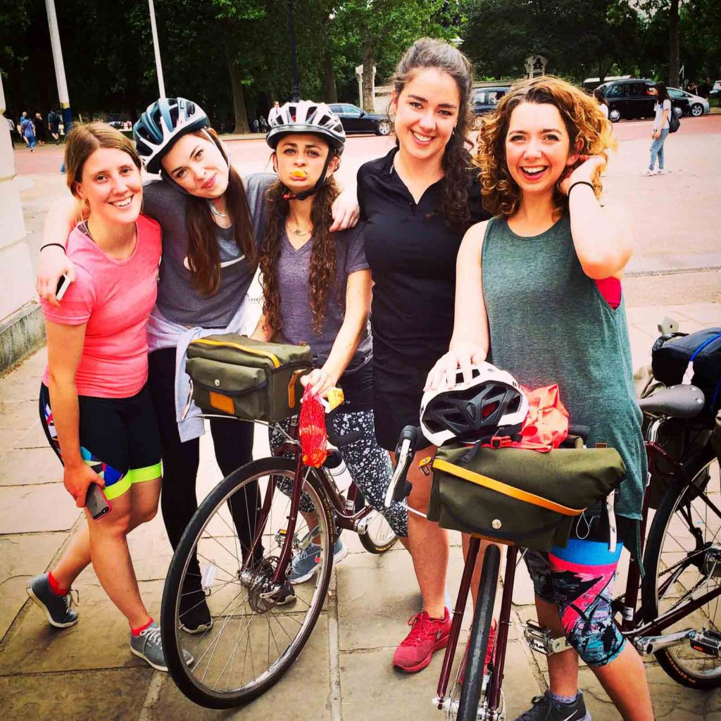 The HandleBard Girls In Trafalgar Square